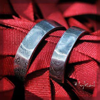 Snubní prsteny kovaná nerezová ocel damasteel - s ozdobou (Snubní prsteny kovaná nerezová ocel damasteel - s ozdobou)