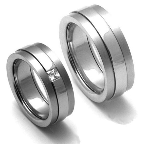 Titanové snubní prsteny TTN2201+TTN2202 (Titanové snubní prsteny TTN2201+TTN2202)