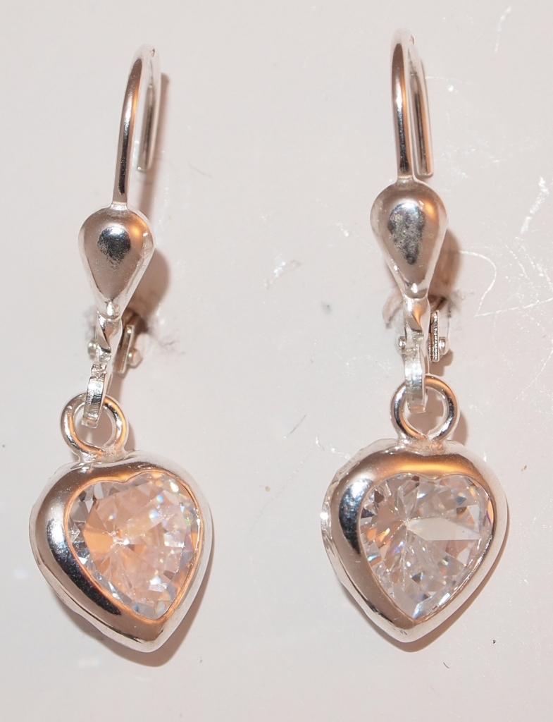 Stříbrné srdce zirkon decentní BSG31290