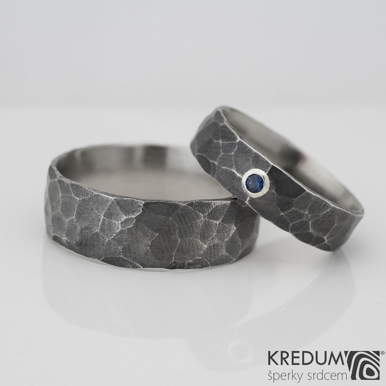 Kované snubní prsteny safír Draill